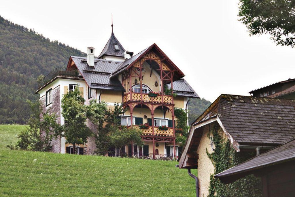 Hegyi palota
