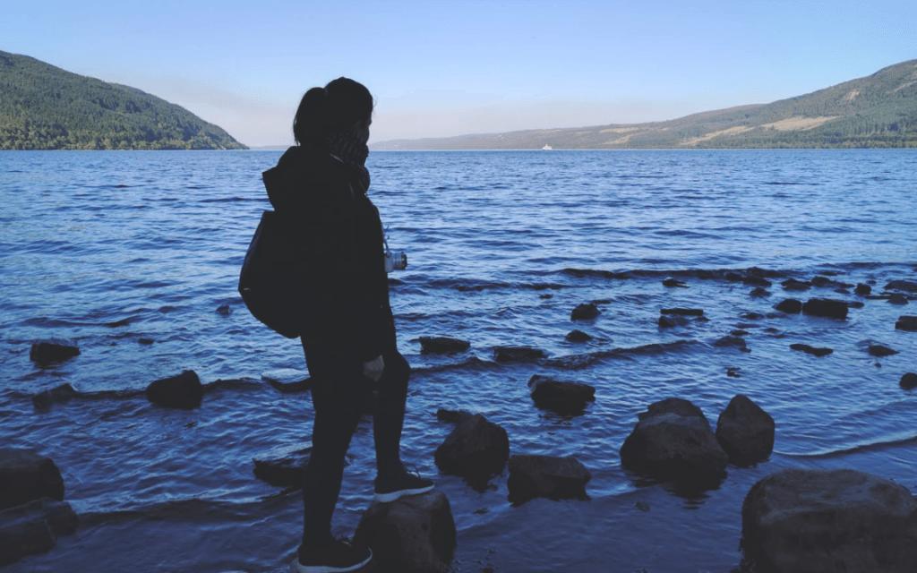 Katacita Loch Ness partján