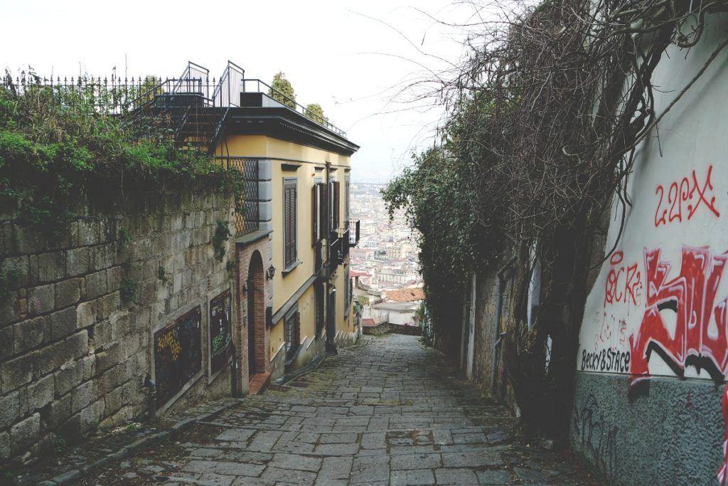 Nápoly Castel San't Elmo sétány